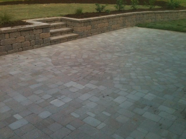 cary-landscaping-retaining-walls-image-3